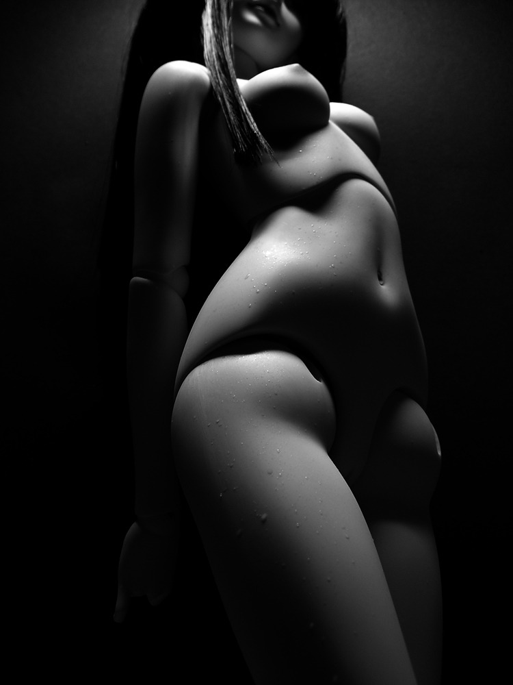 BnW Body shots - Maya by ~Dreus76