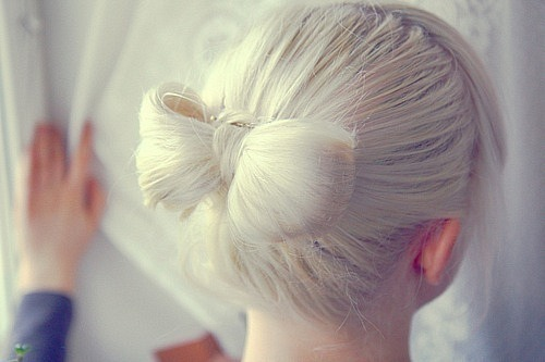 I need to figure out how to do this on the daily.. i wear a lot of buns anyway.