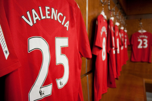 lsteelz:  AV 25 on Flickr. Antonio Valencia. The best right winger in the world. He's the pride and joy of Ecuador and its people. First player to ever win a European title from Ecuador. Glory Glory Man United! ps. we miss you Valencia