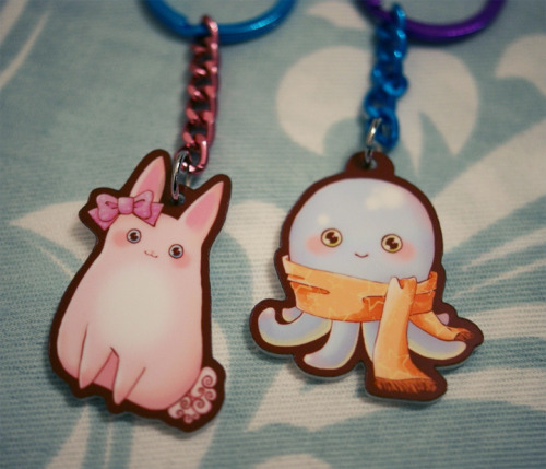 I just added the first 2 Octopus & Bunny keychains to the new Etsy shop. We also have totes, mini pouches and phone charms up for sale!