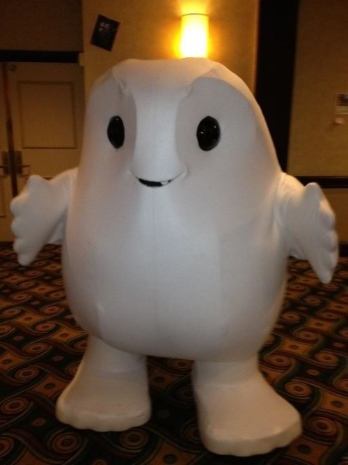 "Bigger than life Adipose soulsister101:  My fave thing from Gallifrey by far was this Bigger than Life adipose! Can't believe someone made this and got inside! Note: This photo is from the lovely ""elleflies""! None of mine came out!"