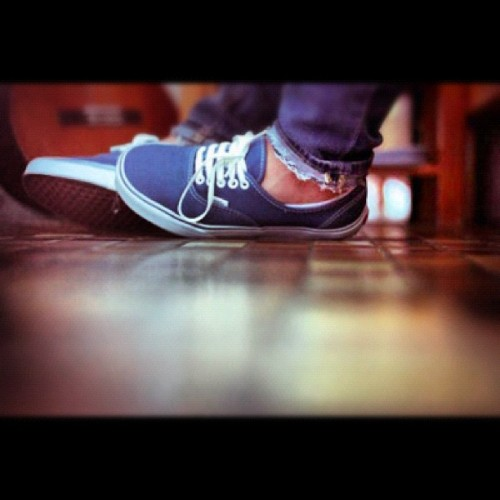 #vans #vansoffthewall #kik #lilwayne #fashion #wizkhalifa #thumbsup #mostdope #macmiller #warpedtour #swag #shoes #photography #edited #navyblue #white #jeans #sexy #drugs #marijuana #kidcudi  (Taken with instagram)