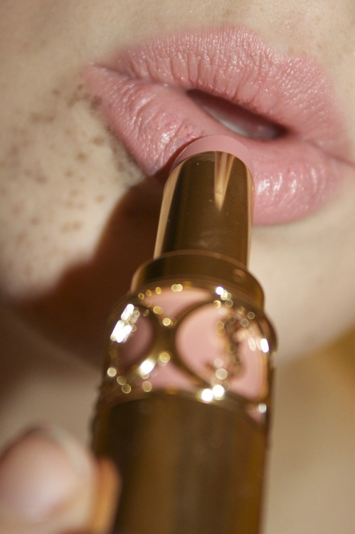makeupfortheweak:  YSL Rouge Volupte in Nude Beige.  yummy