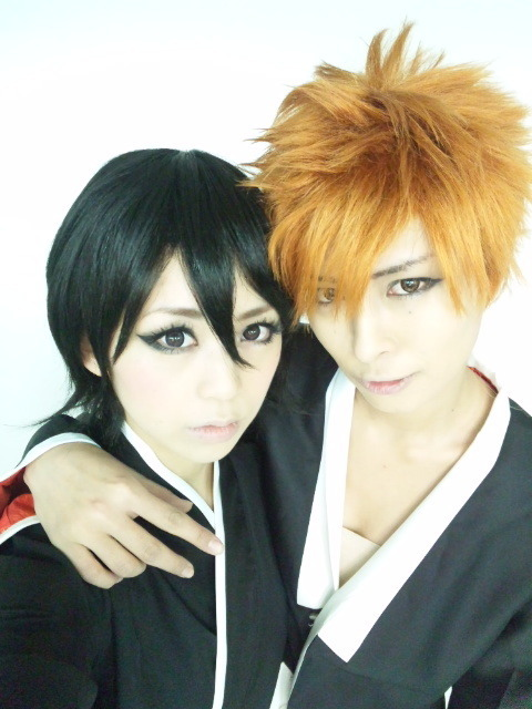Midori as Rukia from Bleach and Akira as Ichigo from BleachCutest Rukia ever *o*