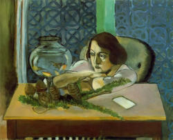 Woman Before an Aquarium, 1921-3, oil on canvas - Henri Matisse