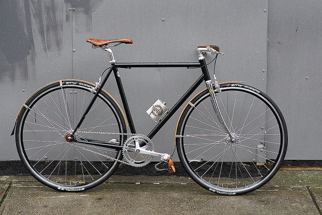 Beautiful Bicycle: Zoe's Shifter Bikes Single Speed by John Prolly on Flickr.