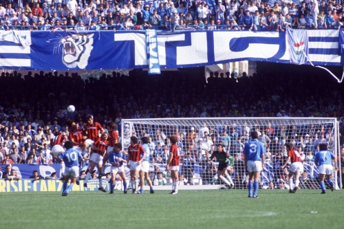 interleaning:  Maradona v Milan, 1987.