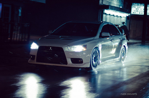 Hunter in the night Starring: Mitsubishi Lancer EVO X (by nate.stevens)