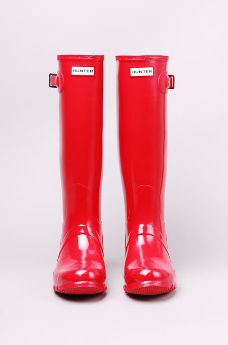 ec-centricity:  Hunter Original Gloss Tall Rain Boot in Pillar Box Red @ ShopAkira