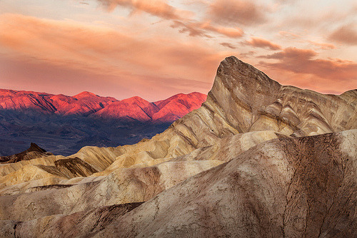 theworldwelivein:  Stand Out | Zabriskie Point, Death Valley NP, California© Ellie Stone