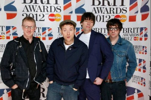 pollys-corner:  Blur at Brits 2012 (thanks to Diana for the photo)  ohh yeahhhh