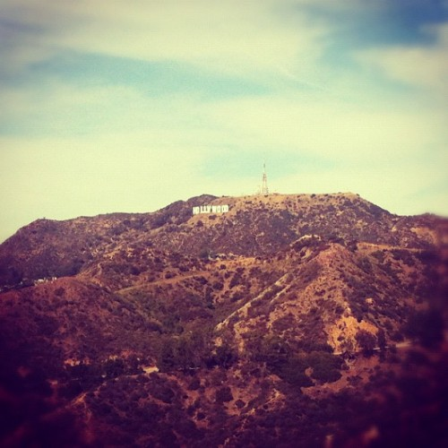 hollywood sign #time2flycalifornia #vacation #iphoneography #havingfun  #instagram #puertoricotocalifornia #california #losangeles #hollywood #sign #letters #hollywoodsign (Taken with Instagram at Hollywood Sign)