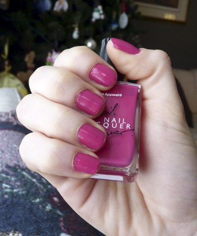 Seen On Blogs: Six Feet In Heels wears our Nail Lacquer in Angeline.