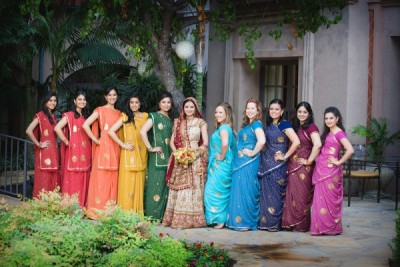 Love the rainbow theme! So rich and bright! all-things-shaadi:  a beautiful bridal party in rainbow colored sarees. although all the saree colors differ, they have the same style and thus mesh together wonderfully.