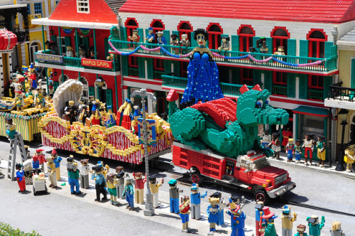 LEGO mardi gras by SpecialKRB on Flickr. Happy Shrove Tuesday/ Mardi Gras!