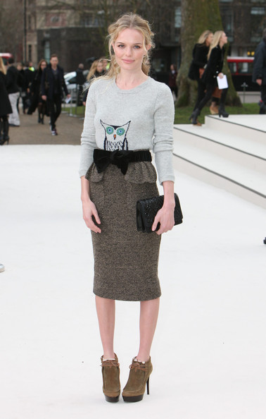 Look of the Day - Kate Bosworth in Burberry
