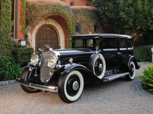 carnutzphoto:  TRUE AMERICAN CLASSICS: 1930 Cadillac V16 452 Armored Imperial Sedan By Fleetwood  From sea to shining sea!