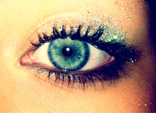 who doesn't love glitter?