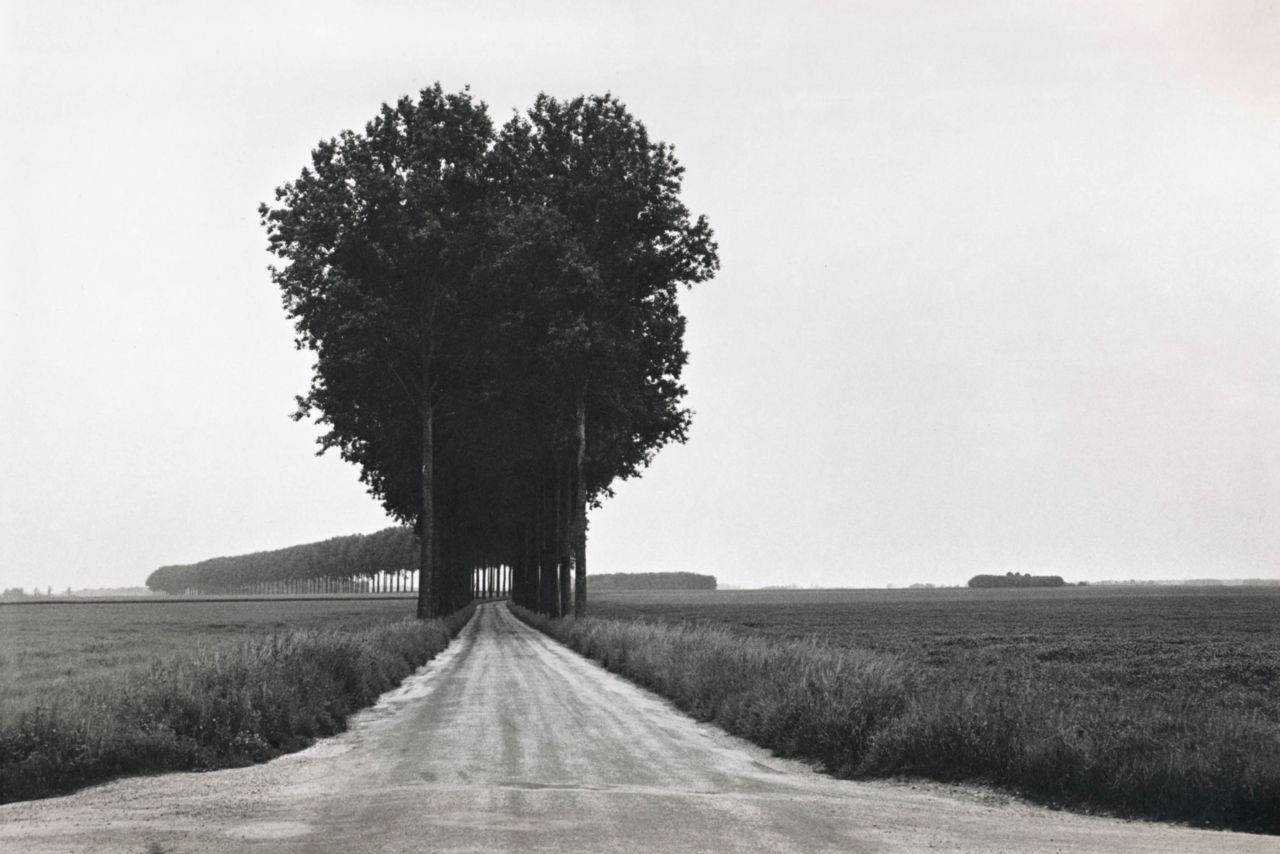 liquidnight:  Henri Cartier-Bresson Brie, France, June 1968 From Henri Cartier-Bresson Photographer