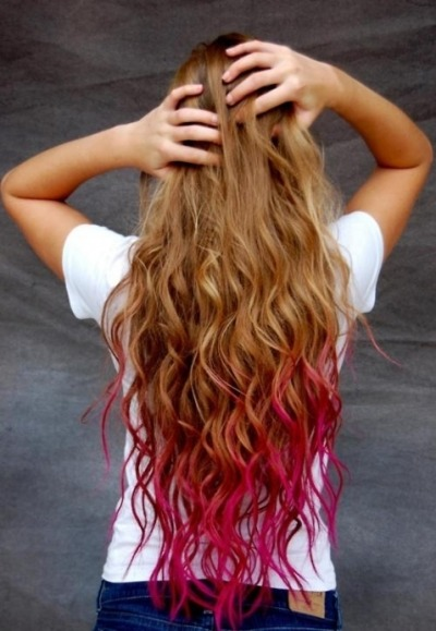 just-run-free:  her hair.