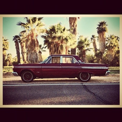#classiccar #palmtrees #arizona #cameraplus #snapseed #iphone4s #instaaz #igers #igaddict #photooftheday #iphoneography #iphoneonly #instagram #instagramers #oldcars #car (Taken with instagram)