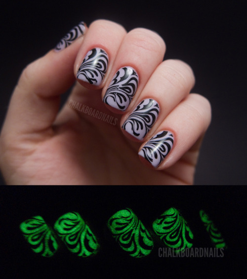chalkboardnails:  Spooky Stamping OPI Rumple's Wiggin'China Glaze Ghoulish GlowKonad m63 plate and Special Polish Black
