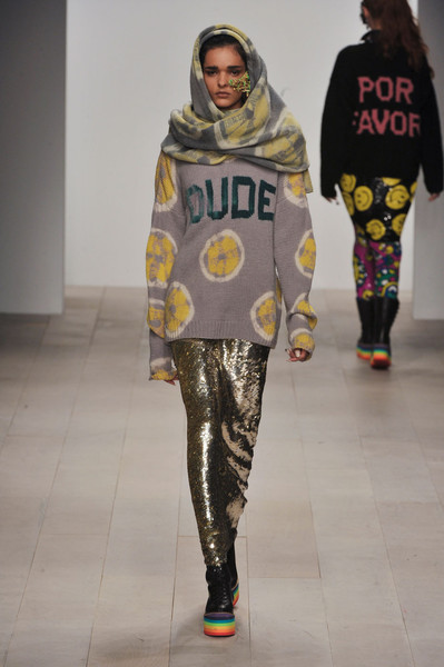 The Ashish F/W 2012 collection was a perfect combination between the 70s 'freedom and peace for all' and the 90s 'multicultural and anti-fashion' statements. The final touch that blew us away? Why the sporty elements of course! #LFW