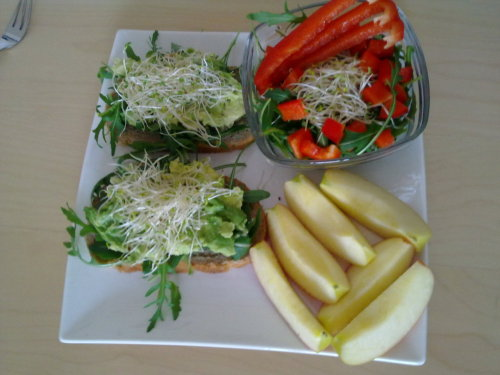 Really Hungry Lunch: 2 mini slices 100% Spelt Bread 1/2 Avocado Handfull Arugula Alfa Alfa Jazz Apple (small) Red Pepper Green Tea