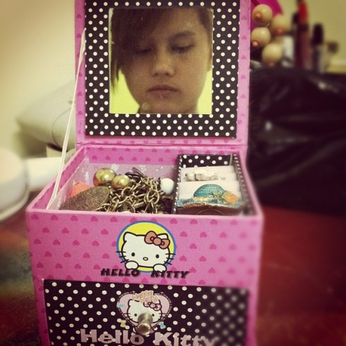 Ano family name ni Hello Kitty? 😏 (Taken with instagram)