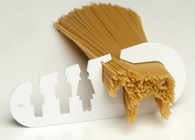 Stefán Pétur Sólveigarson has designed this quirky spaghetti quantities assistant. To be honest I'd class this as one of those 'designey' items that once has lost it's novelty is just a bit useless… but it's a simple idea and concept carried through with great execution. And for that it gets great commendation! Check it out here.