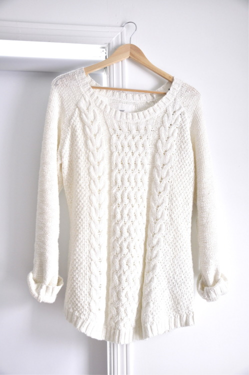 vanille-dream:  white/beige/brown blog