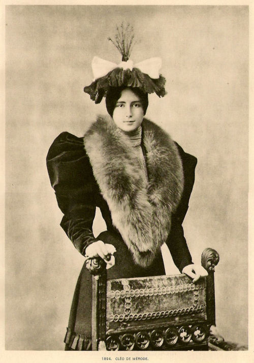 Cléo de Mérode (French Le Belle Epoqué beauty and dancer, 1875-1966) … and her wonderful hat