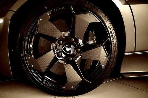 Reventon Wheel (By j.hietter)