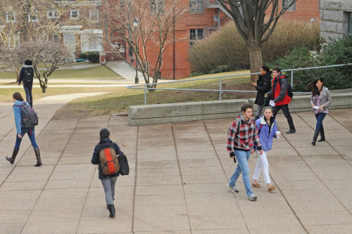 This way or that way? Students outside Allbritton, Feb. 22.