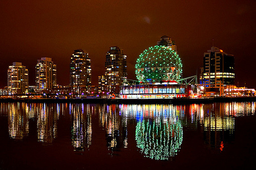 Vancouver Science World in Colors (by どこでもいっしょ)