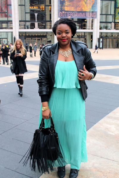 missu:  (via LoveBrownSugar: LoveBrownSugar Chic: NYFW Day 3)