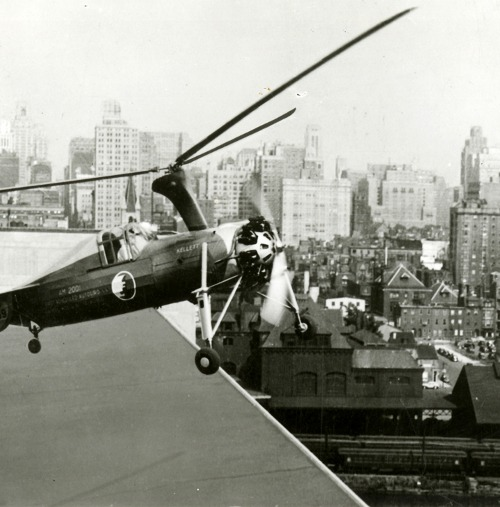 """A Kellett Autogiro flying mail off the roof of the Philadelphia Post Office at 8th and Chestnut Streets, circa 1935"" (via)"