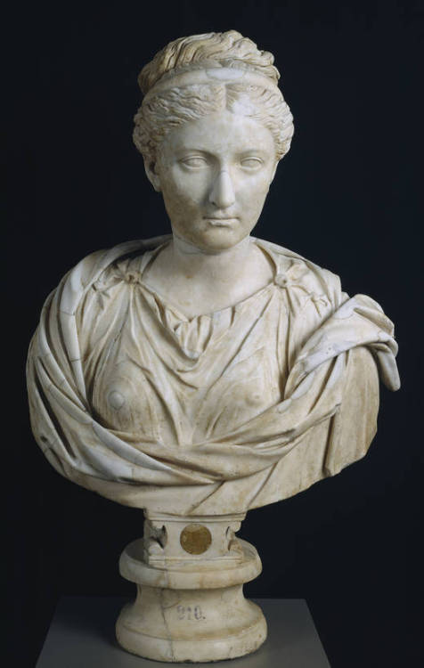 "muralgirl:  theancientworld:  The Empress Sabina, Roman, C. 130 CE Museo Nacional del Prado, On View in Room 71 ""Vibia Sabina (83-136 A.D.), a relative of Trajan, was married very young  to the future emperor, Hadrian. This portrait, made towards the end of  her life, around 130, denotes the intention to create an intemporal  image, free of the passage of time.""  Sabina was so purty. Too bad her husband was gay. But then she probably managed to gets hers somewhere, since she had a whole palace to herself (and her many, many servants) while Hadrian was out gallivanting across Greece and Egypt."
