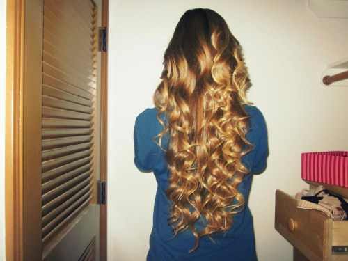 long-brown-hair-dont-care:  curls