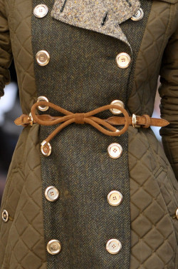 crushculdesac:  Burberry Prorsum at London Fashion Week Fall 2012 This is nice!