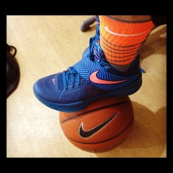 Hoop time @trey5 4's #basketball #nike #platinum #elite #igers   #iv #yotd #dragon #igers #igsneakercommunity  (Taken with instagram)