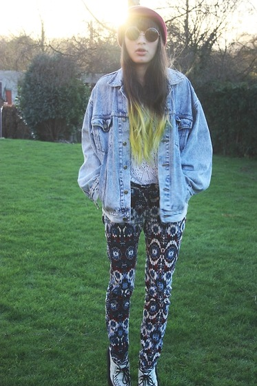 jeangreige:  The mainstream trousers (by Alejandra Perez)