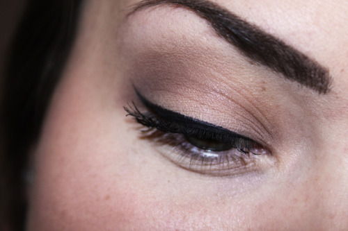 Classic makeup using Coastal Scents 28 neutral palette and Make Up Store cake eyeliner. :)