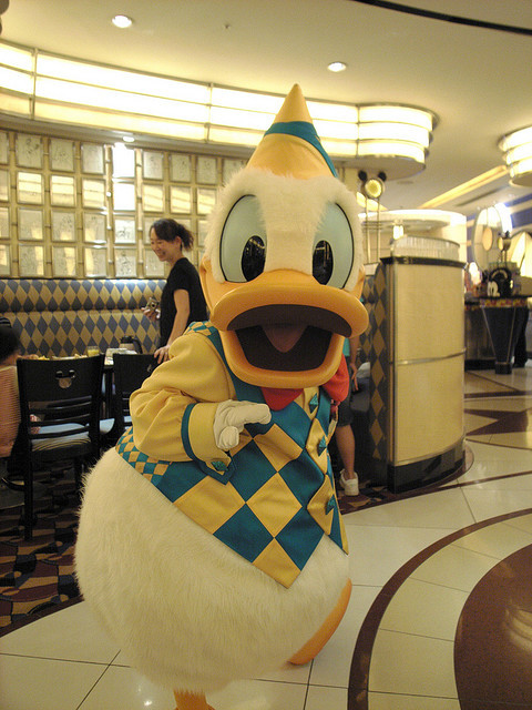 maryfoundnemo:  070721 DONALD DUCK @ CHEF MICKEY by ナギ (nagi) on Flickr.