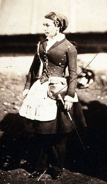 Vivandierre to the Guard Zouaves, a major Crimean War hottie.