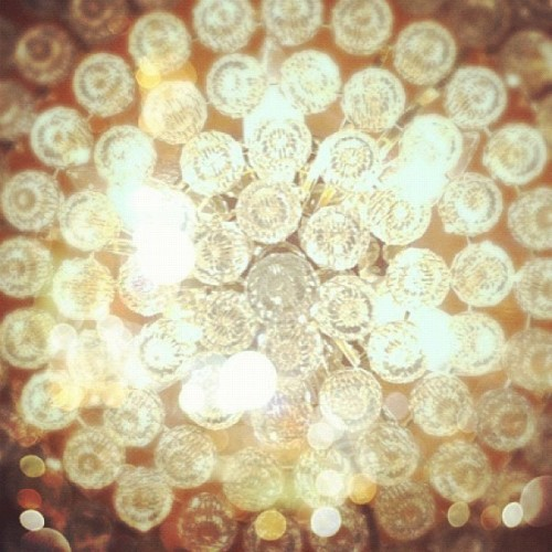 Ceiling sparkles inside the @FSLosangeles.  #QVCRedCarpet  (Taken with instagram)