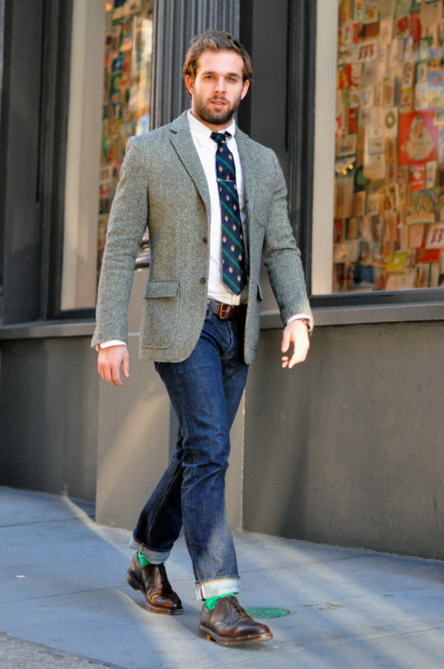 i love this tie + whole look!