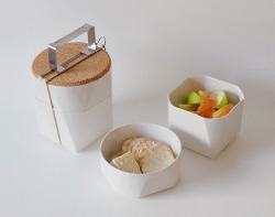 I would love to take my lunch to work in this Tiffin Lunch Kit. Swoon.