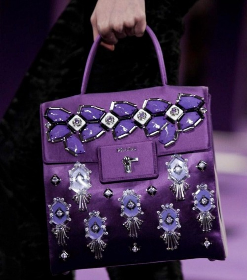monsieur-j:  Prada Fall 2012 Bag