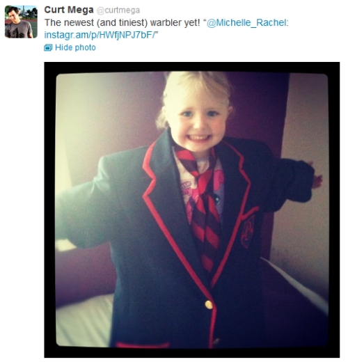 My niece Abigail……Seriously she is so cute, she LOVES the Warblers. Now my Twitter is blowing up with replies from Curt retweeting this pic of her I took today! LOL Michelle x